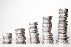 世帯収入別セグメント